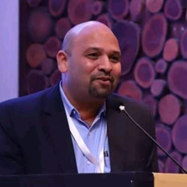 Advait Kurlekar headshot